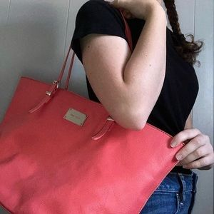 Nine West Big Peach Bag with Middle Pocket